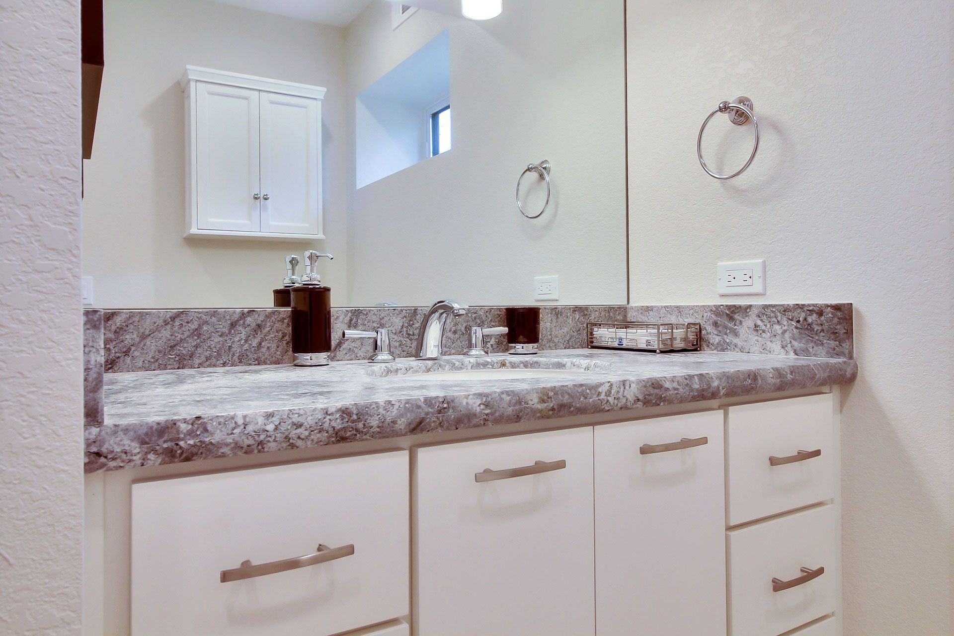 granite bathroom counters
