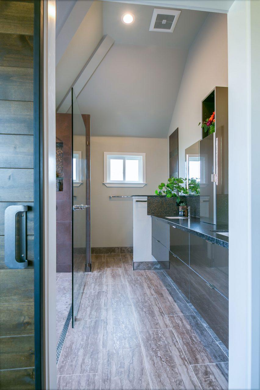 Entry into bathroom suite