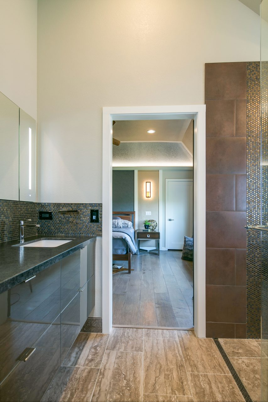 Modern master suite