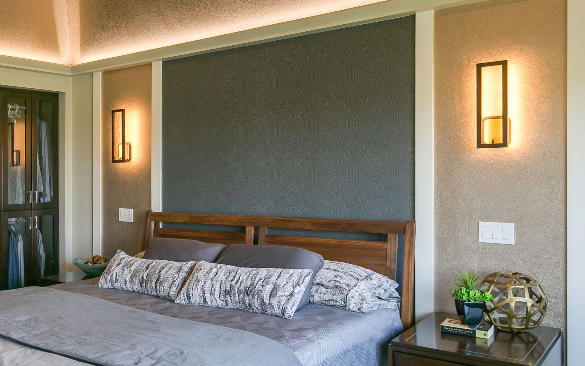 Bedroom modern decorations