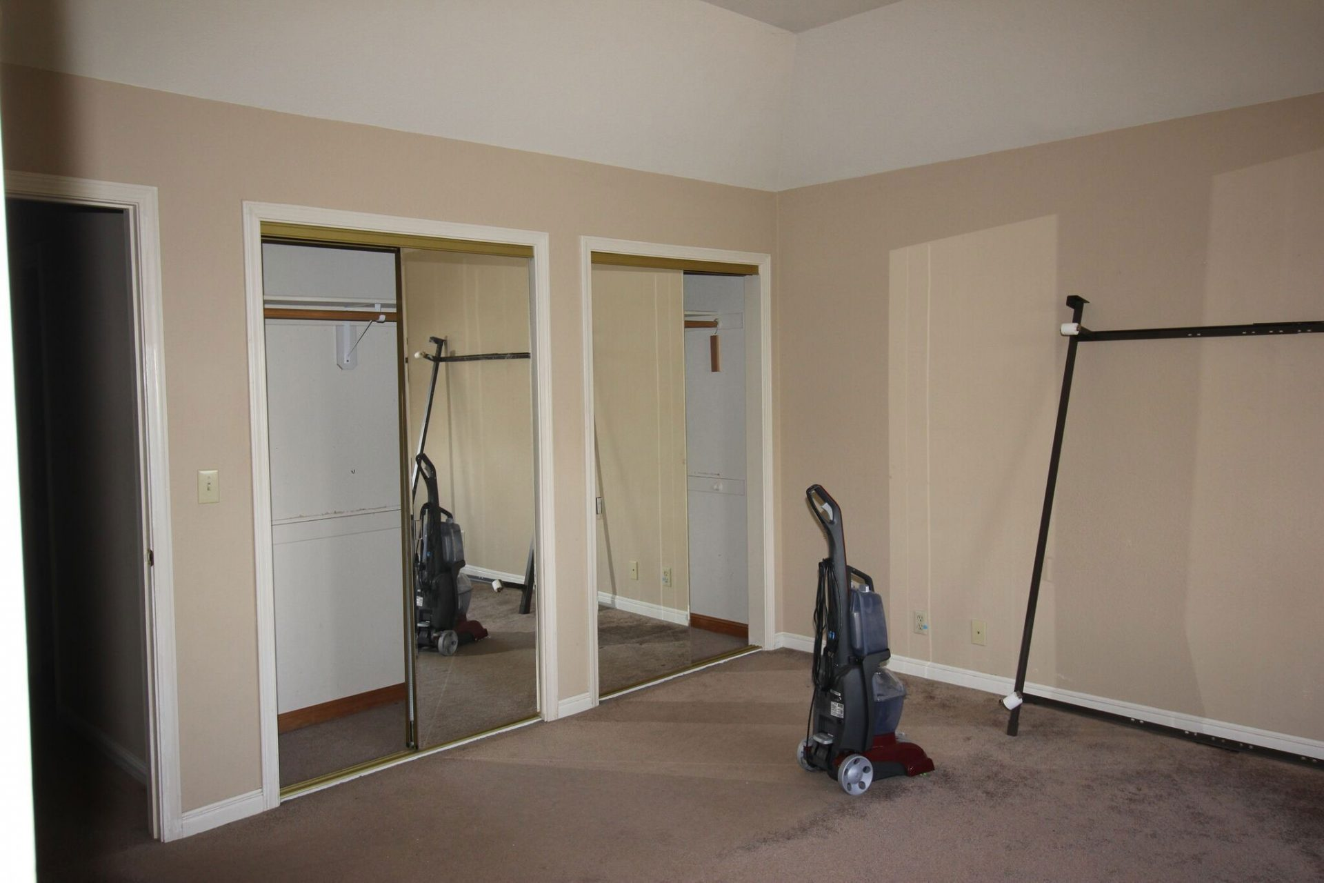 Master suite needing remodel