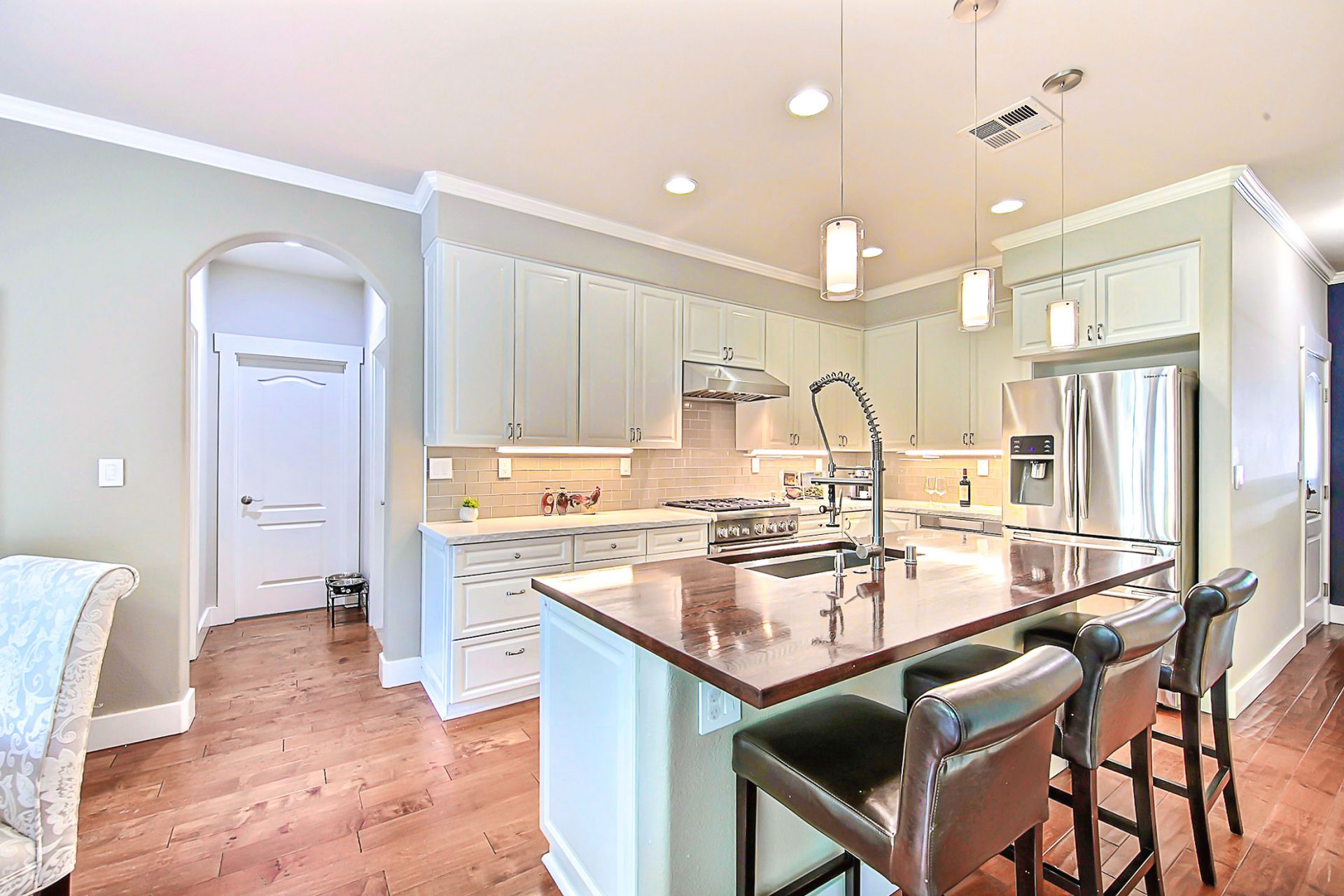 open lay out kitchen