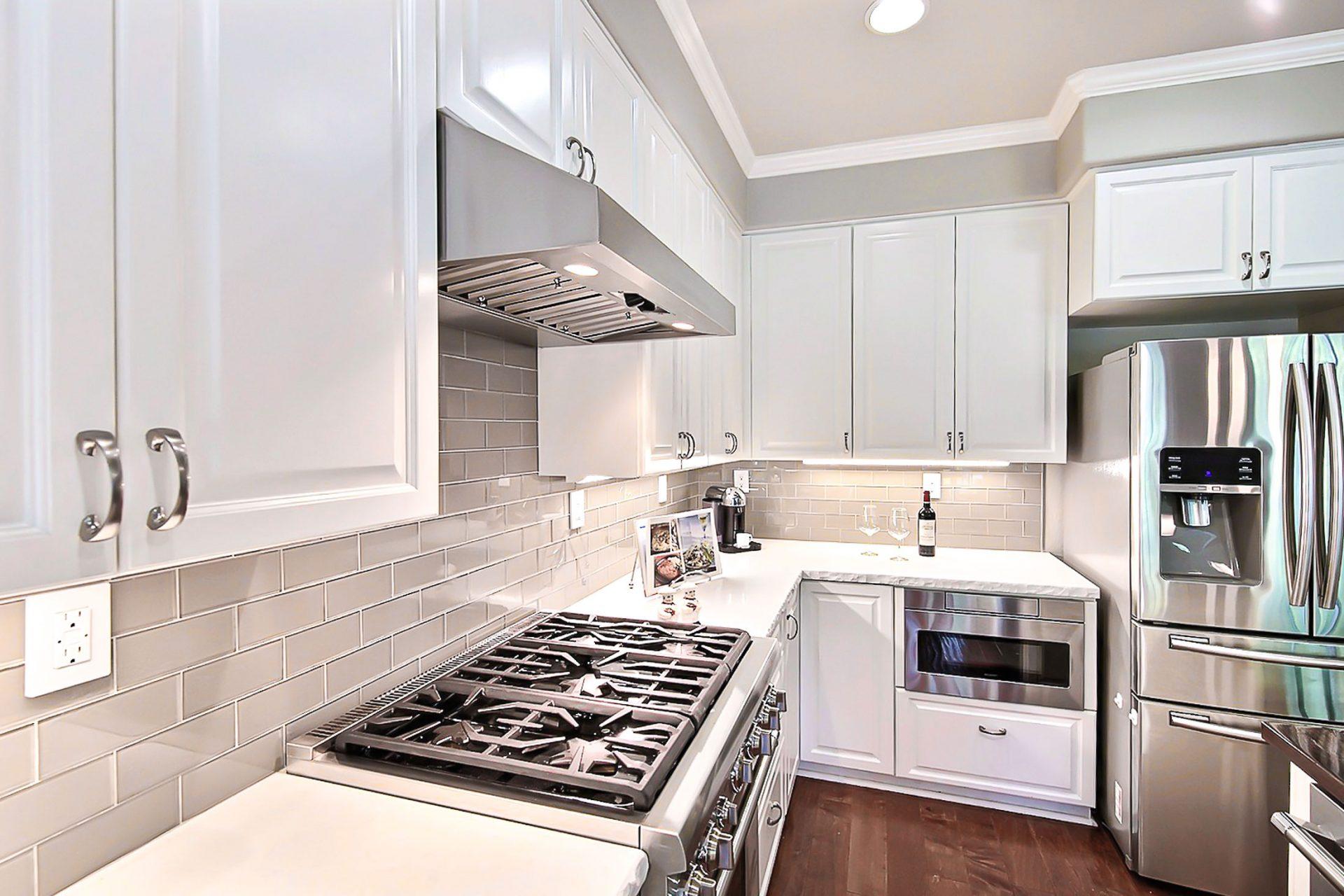 New kitchen stove